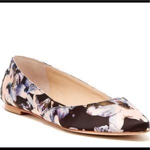 Vince Camuto Alley Flats Floral Size 9